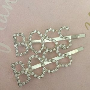 """Accessories - """"Boss"""" set of 2 hair accessory pins"""